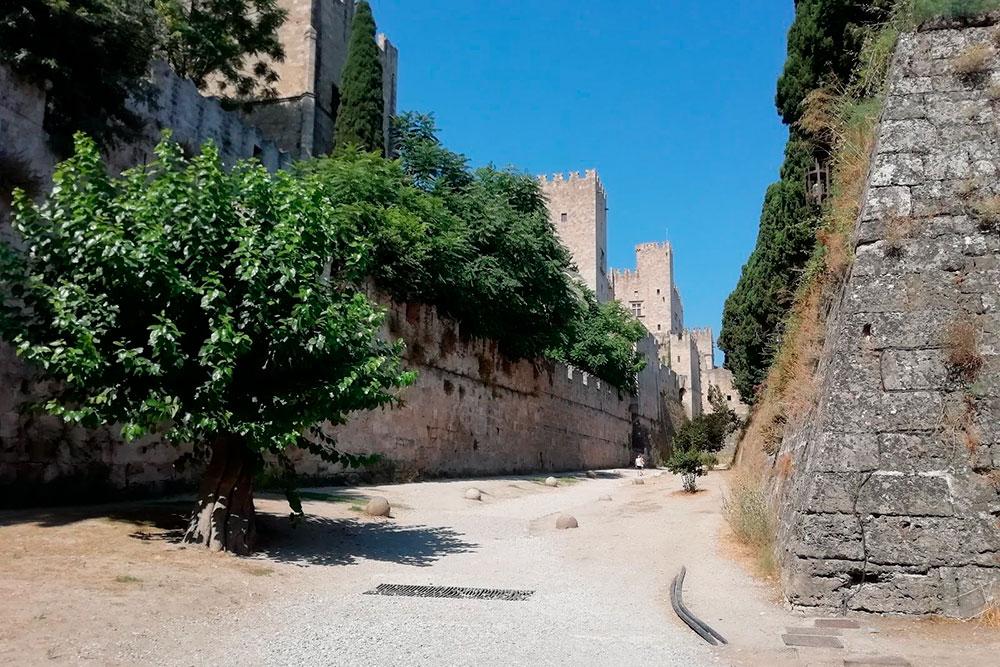 Родосская крепость, вход бесплатный