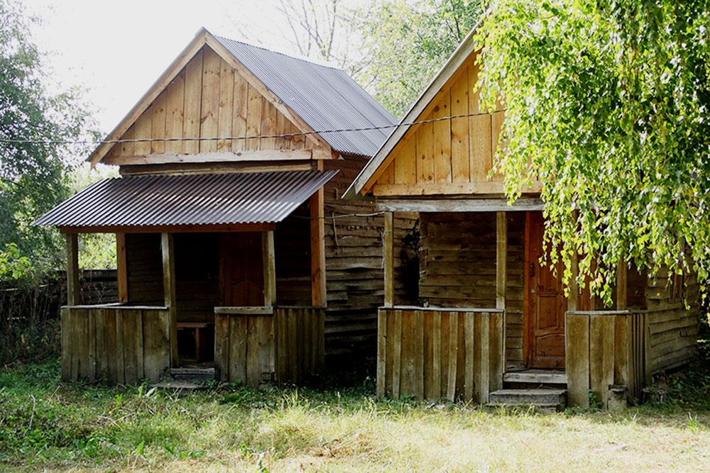 Домики в Шелехмети довольно аутентичные и приближенные к природе. Фото с официального сайта «Самарской Луки»