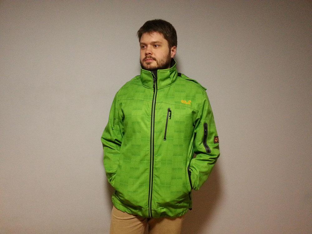 Я в аналогичной куртке из секонд-хенда за 650 р.