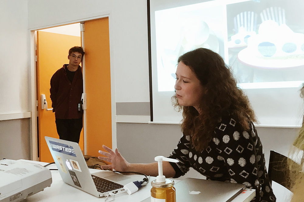 Моя лекция длястудентов парижской школы овозможности сменить курс иначать свое дело