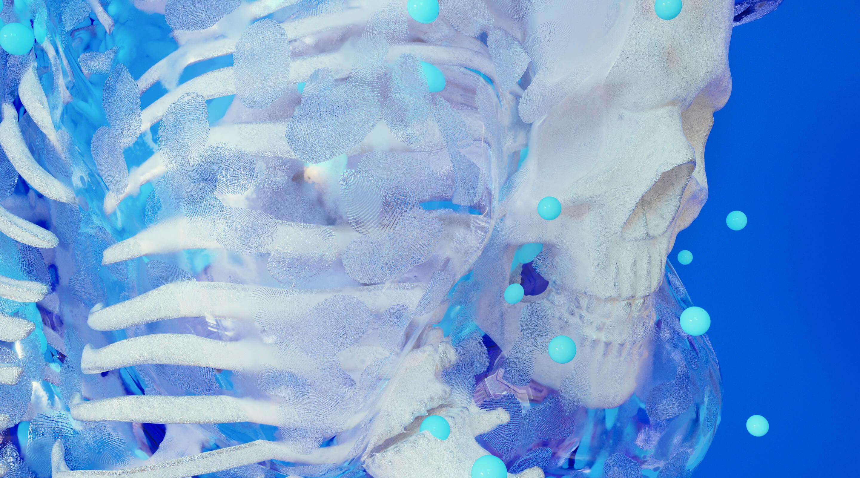 «Вид и запах порой невыносимы»: сколько зарабатывает судмедэксперт-генетик