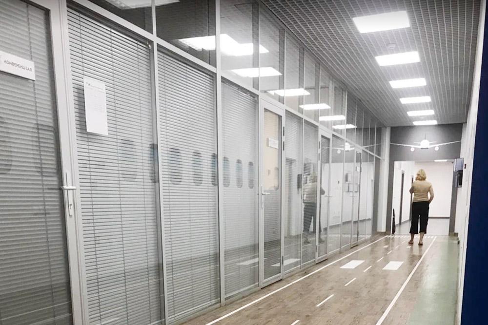 Офис авиакомпании AzurAir