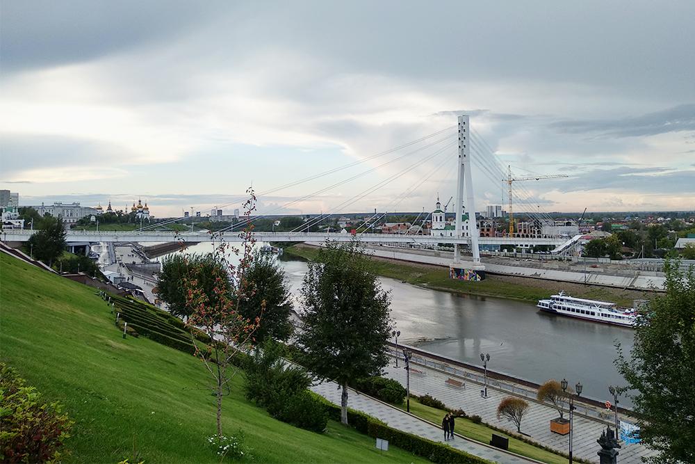На мосту работает бесплатный вайфай