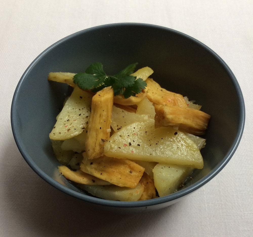 Я дома запекаю спаржу с картофелем