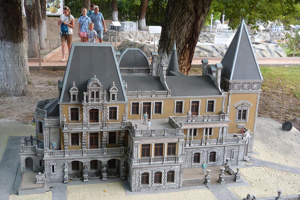 Мне больше всего понравился макет Массандровского дворца
