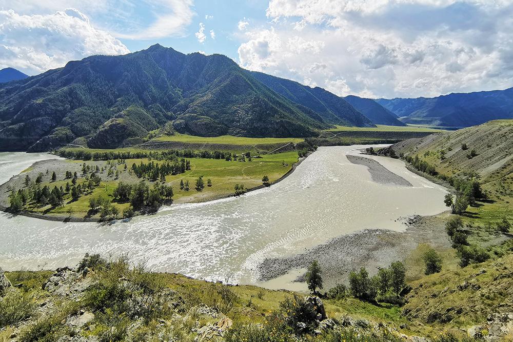 Вид на реку Катунь с Чуйского тракта