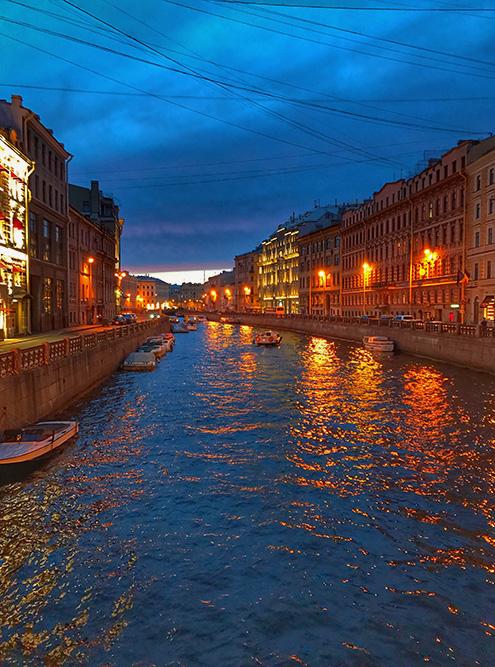 Белая ночь в Петербурге