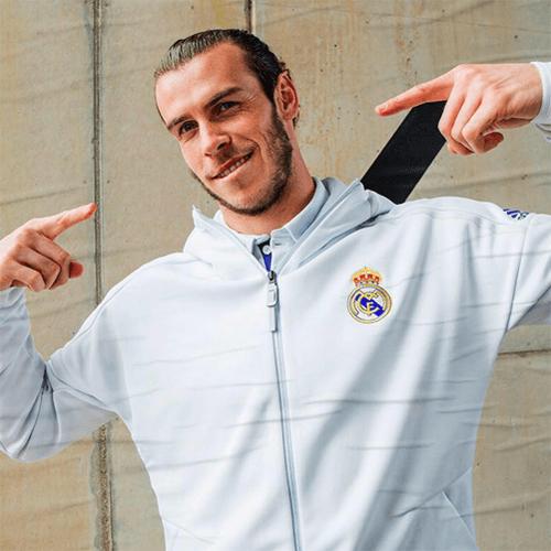 @Bale / facebook