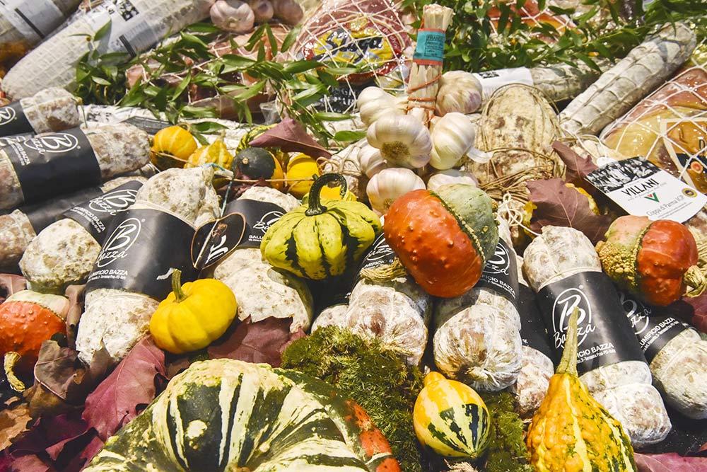 Anuga — одна изглавных выставок продуктов питания в мире. Каждый год ее посещают более 160000человек из200стран. Сюда стоит ездить, чтобы держать руку напульсе, узнать, какие тренды впитании сейчас есть
