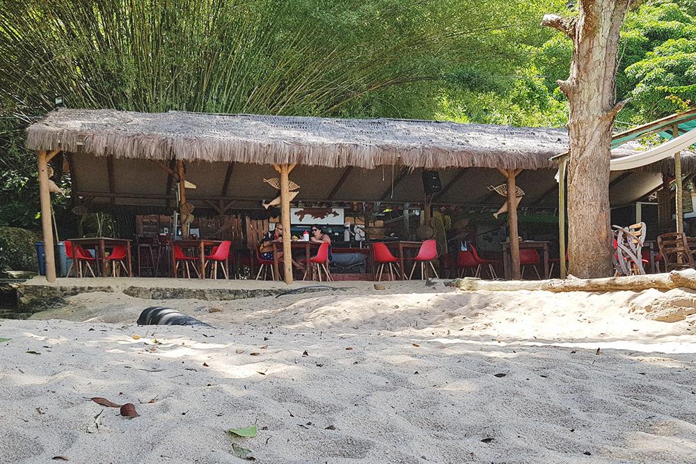 Ресторан на пляже поузады