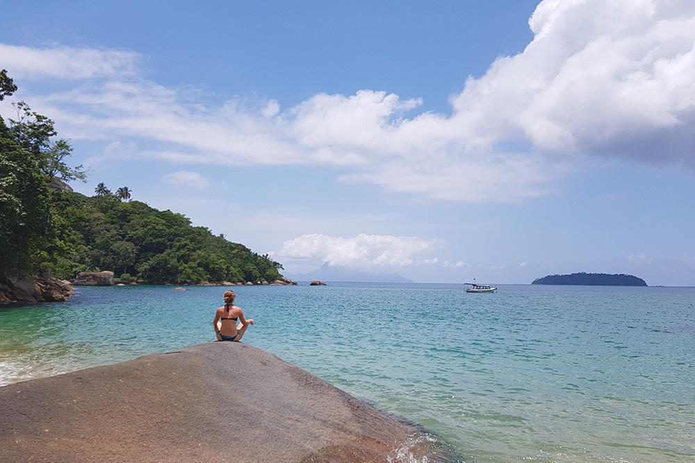 Маленький райский пляж на острове