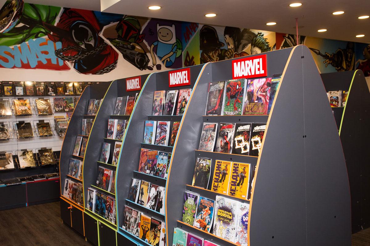 Для комиксов и больших сувениров тоже нужны особые стенды