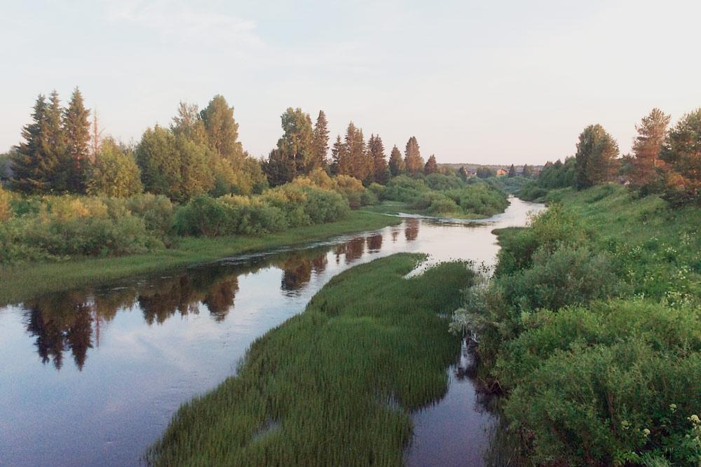 Река вдеревне Верхний Березник— красивая иподходящая длякупания