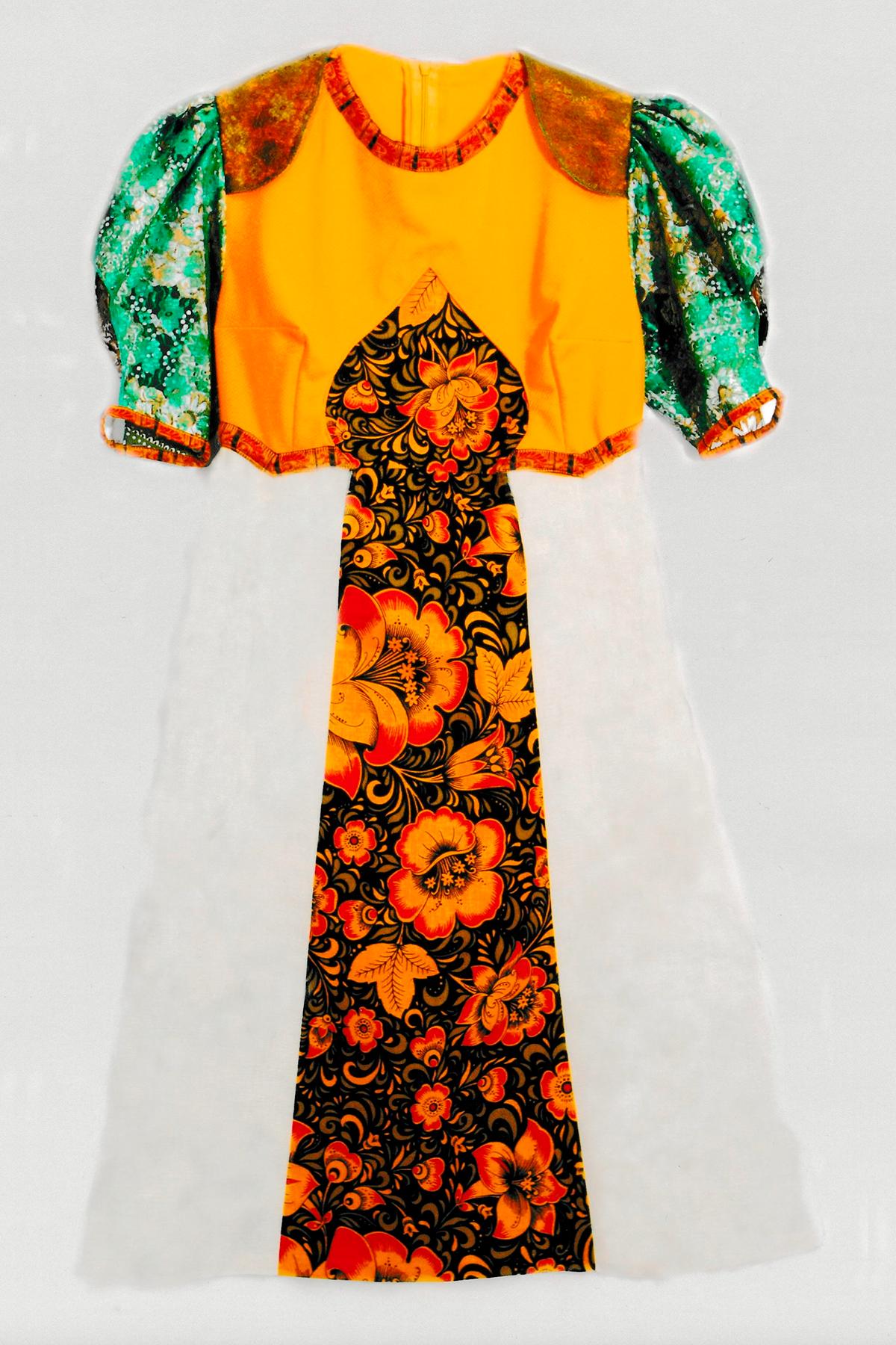 Это платье запатентовано как промышленный образец в России