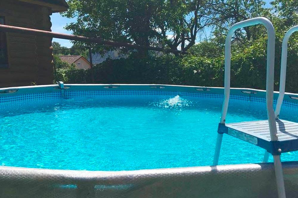 Вот такой бассейн у нас стоит