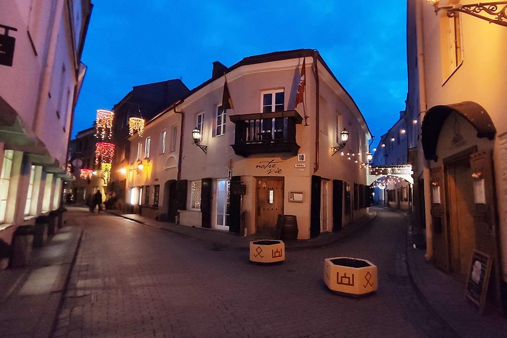 Это фото из моей последней поездки в Вильнюс. Люблю старую Европу