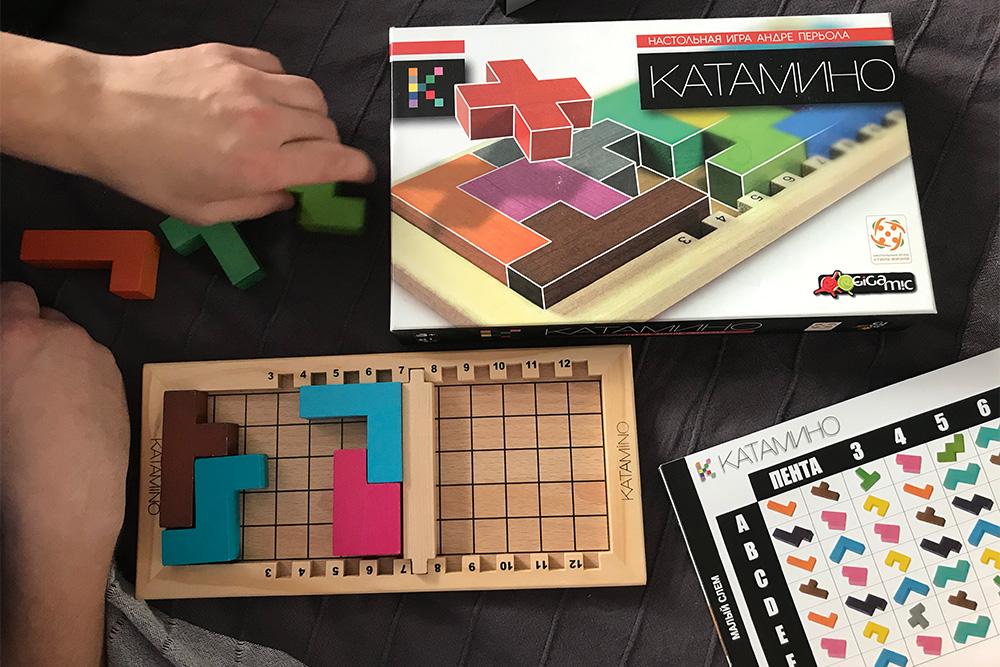 Покупали игру дочке, но здесь много уровней сложности, интересно и взрослым