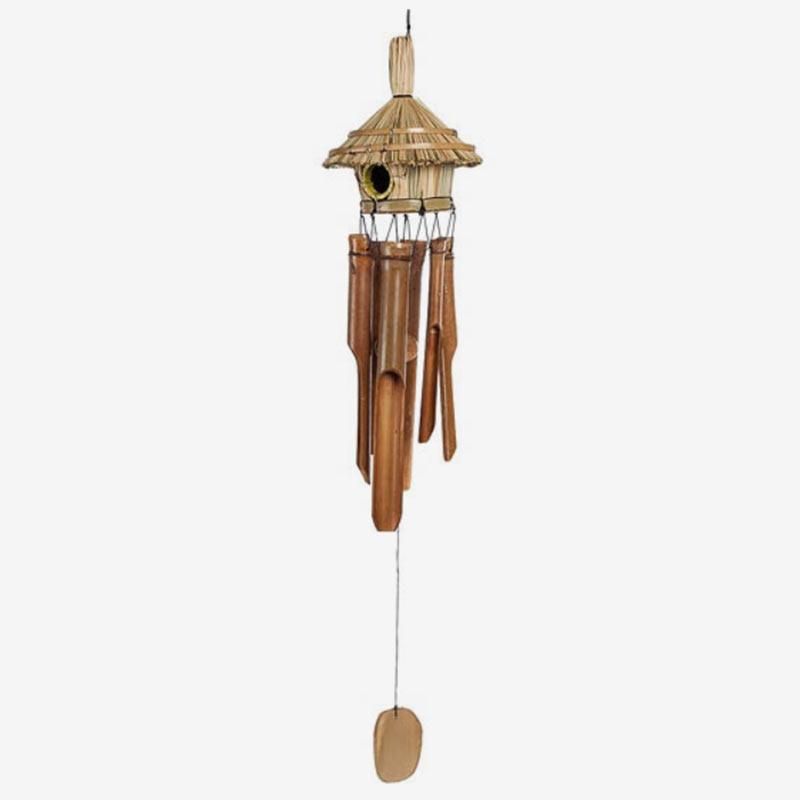 Вот такую бамбуковую подвеску с домиком длядухов мы заказали