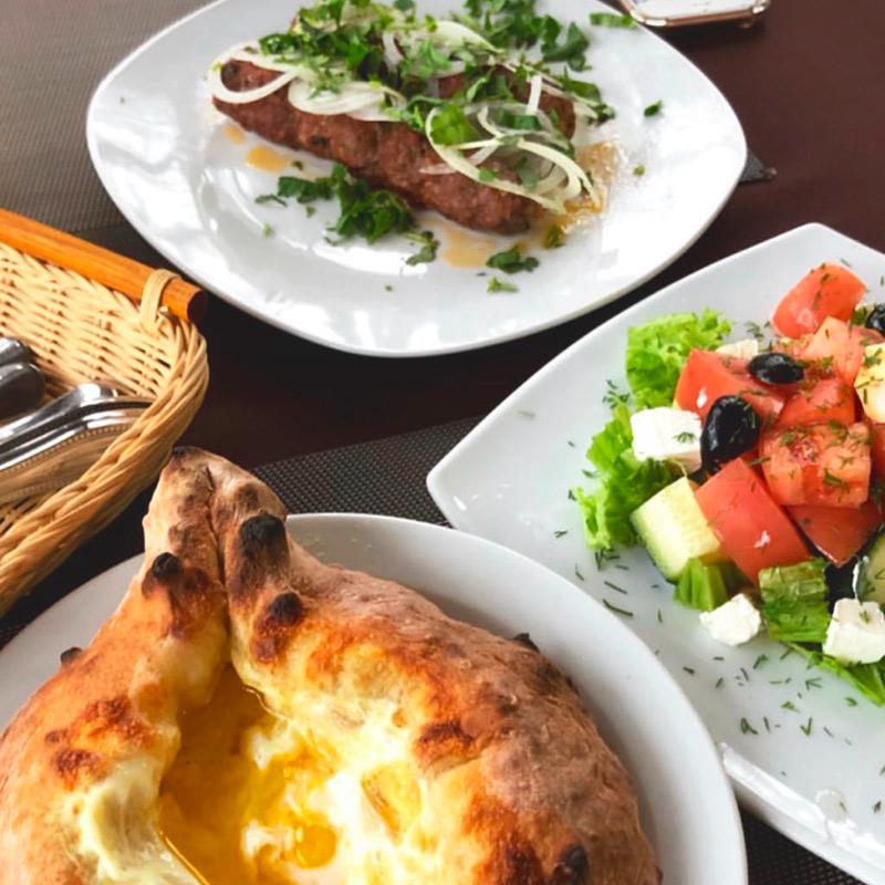 В кафе «Сухум» большие порции и все очень вкусно