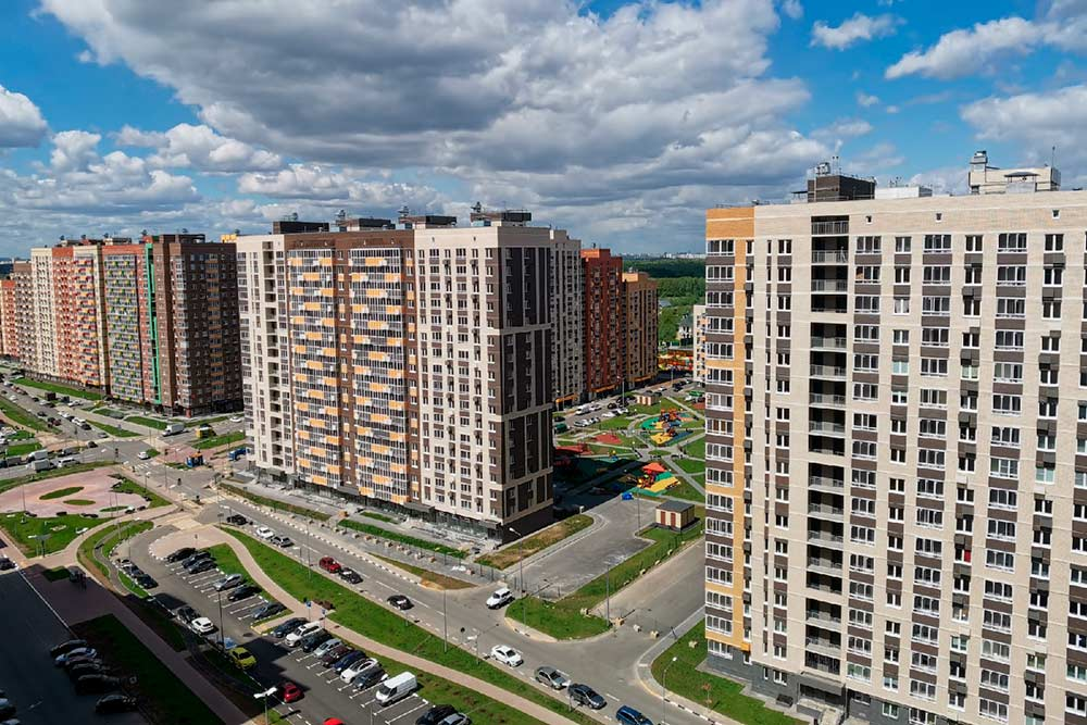 Вид на наш ЖК с балкона 17 этажа