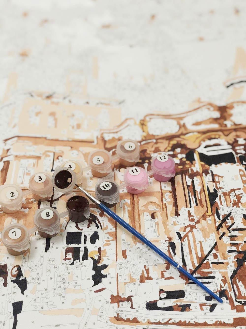 Под лекцию пару часов раскрашиваю свою картину. С каждым цветом становится все сложнее закрашивать разные кракозябры