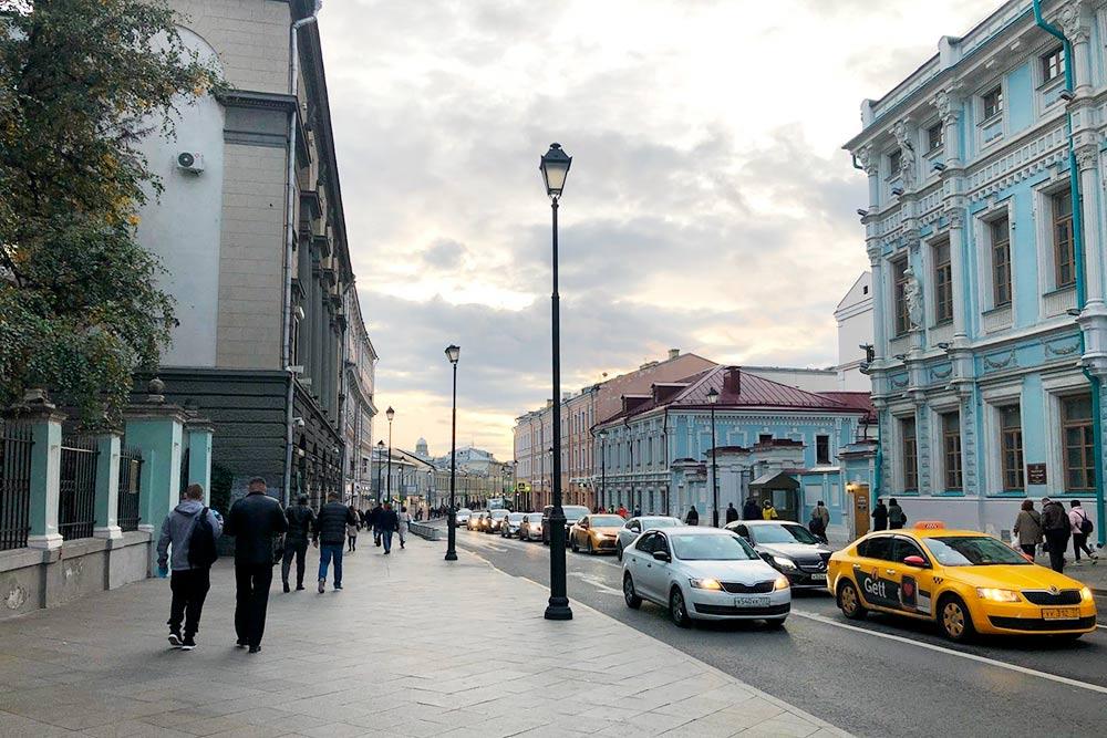 По дороге в салон. Одна из любимых улиц Москвы — Маросейка