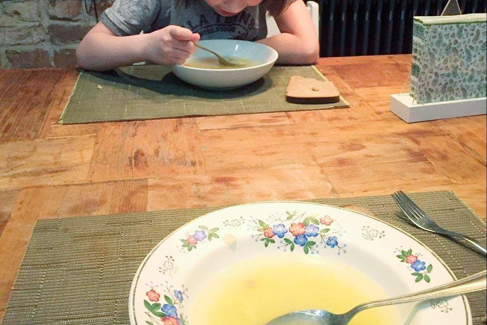 Иногда ужинаем супом