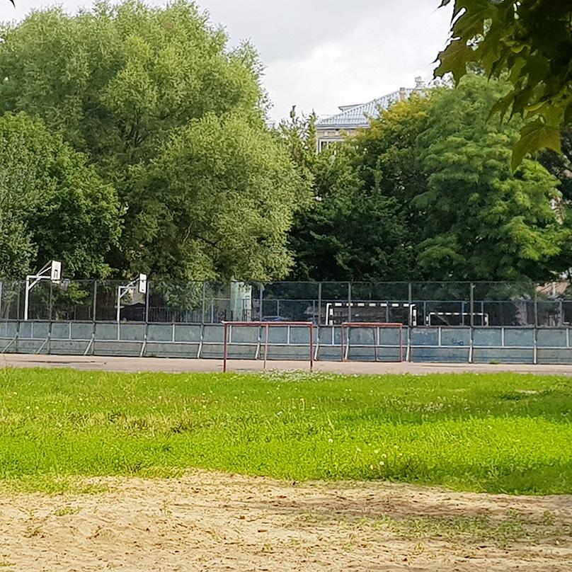 Так выглядит стадион, где я бегаю по утрам