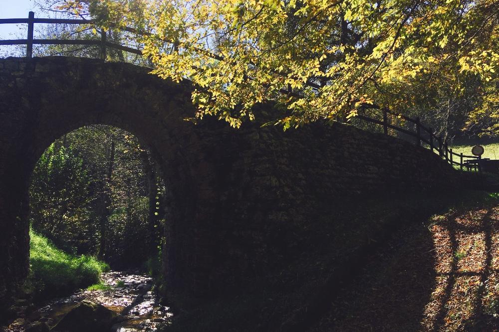 Понте Романо — старый римский мост, который даже изображен на почтовой марке