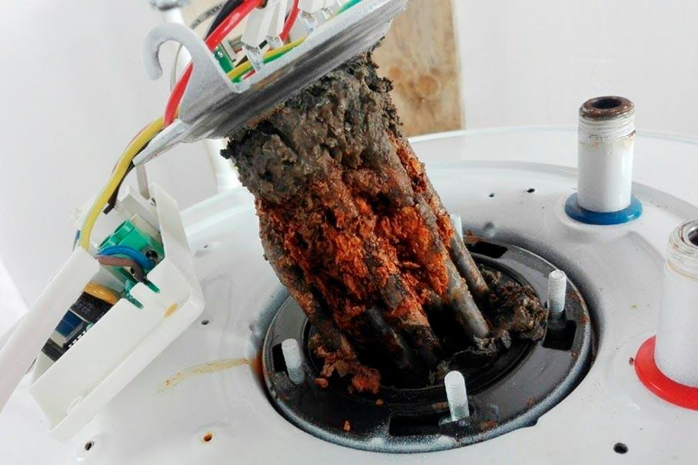 Состояние тэнов нашего водонагревателя после работы на скважинной воде