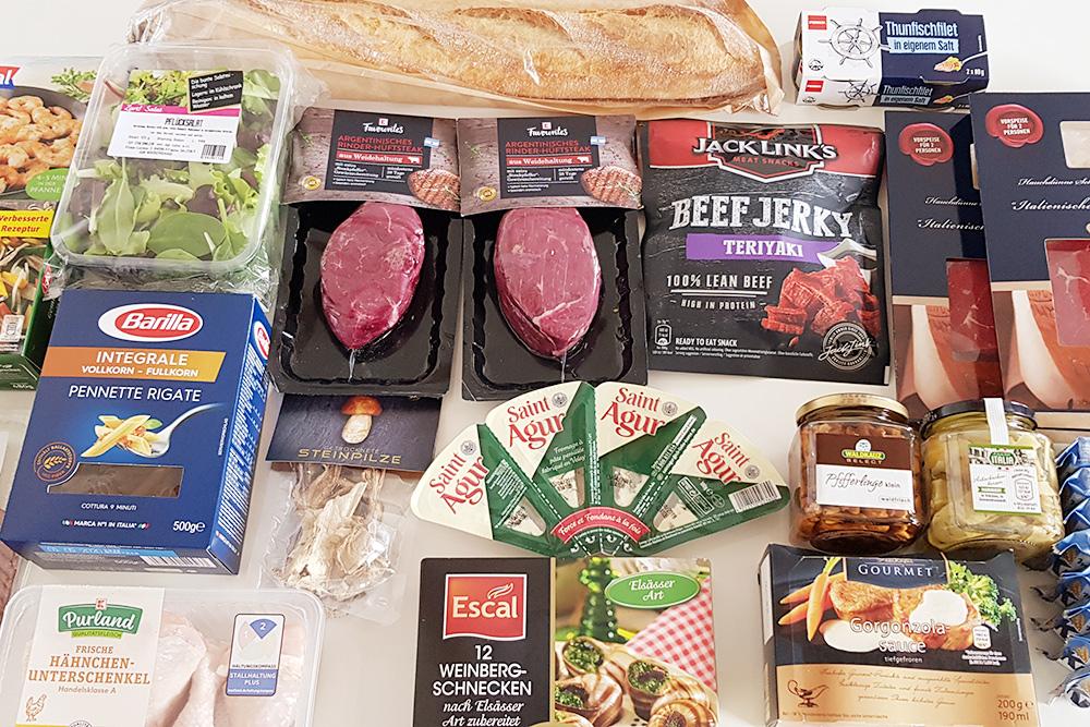 Такой набор продуктов мы покупаем на неделю