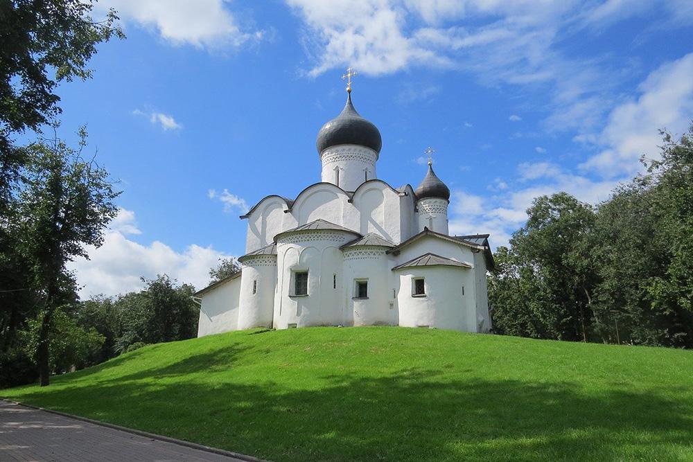 Один из соборов из списка Юнеско — храм Василия Великого на Горке. Фото: Сергей Корчанов/Pixabay