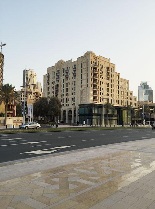 В Дубае тротуар лучше, чем пол во многих российских зданиях