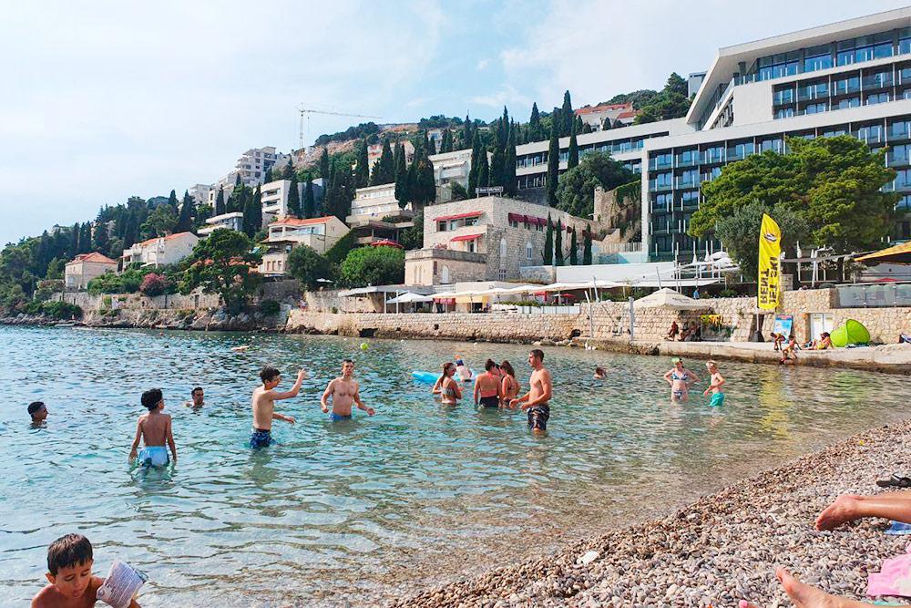 Вдоль всего побережья Дубровника есть отели с прямым выходом к морю