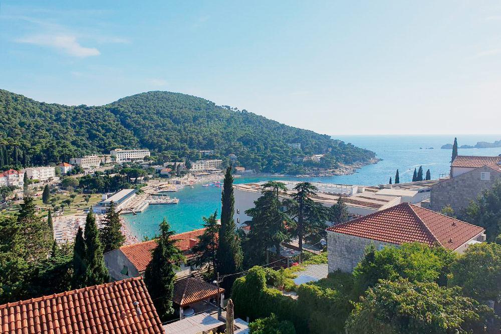 Из окон наших апартаментов в Дубровнике открывался вид на море