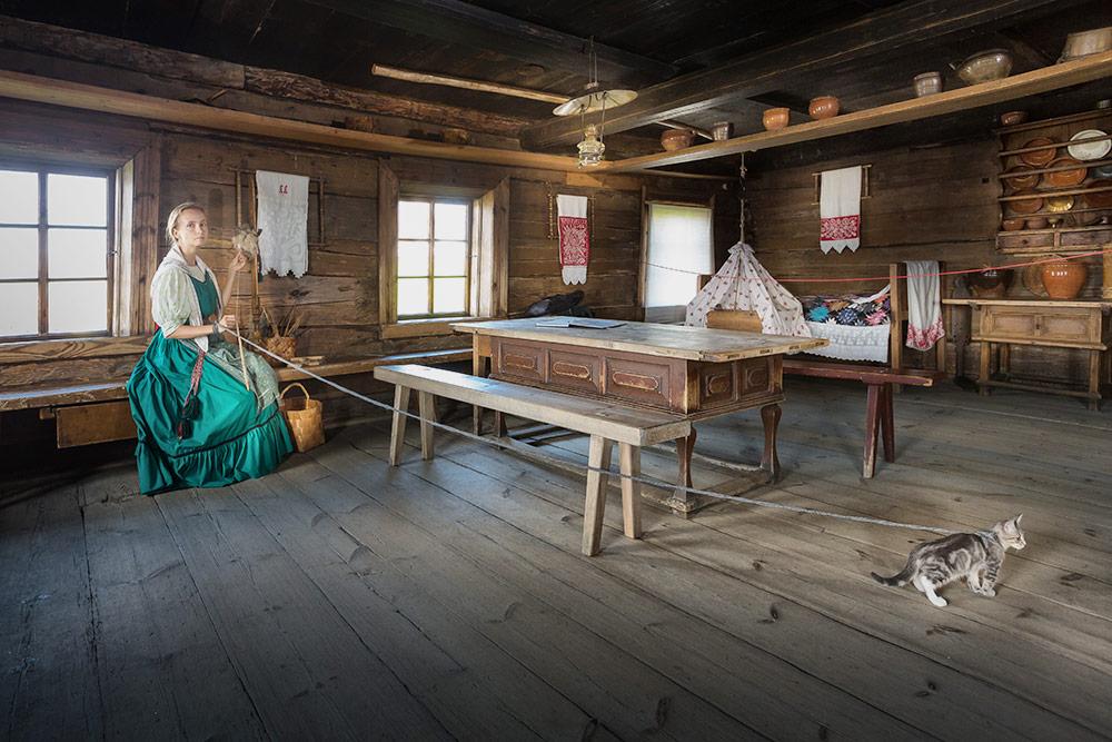 Туристы посещают с экскурсоводом только один крестьянский дом, а остальные помещения изучают самостоятельно. Источник: Игорь Георгиевский