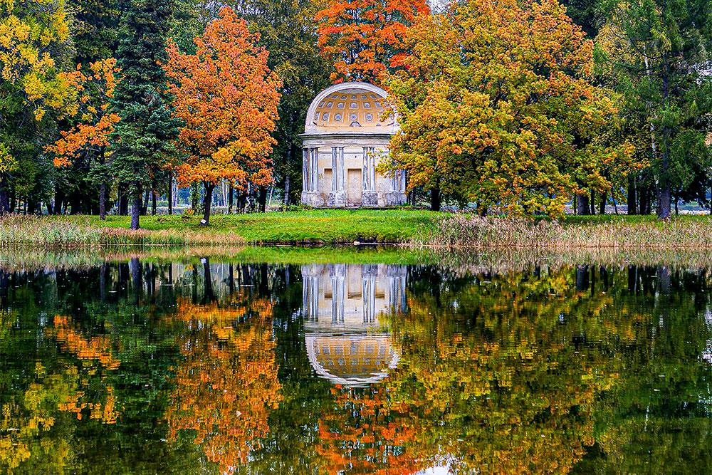 Павильон Орла — одно из самых красивых сооружений в Гатчине