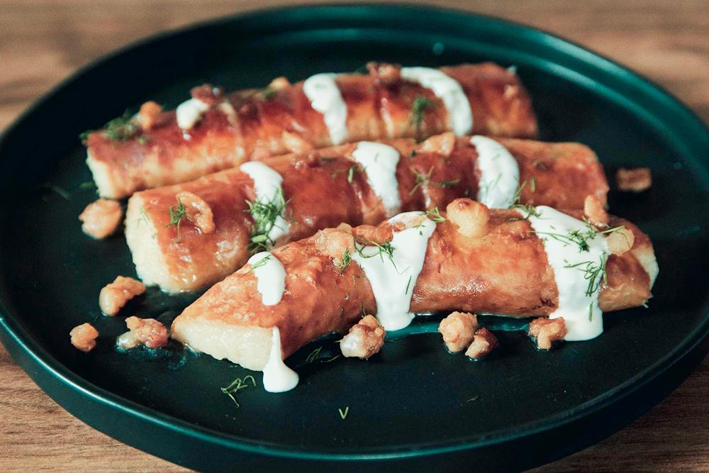 Мы ни разу не попробовали ведарай, но я об этом не жалею: все же колбаски я предпочитаю из мяса, а не из картофеля. Источник: Local taste