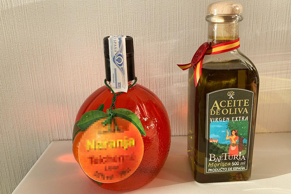 Часть наших подарков: апельсиновый ликер и оливковое масло