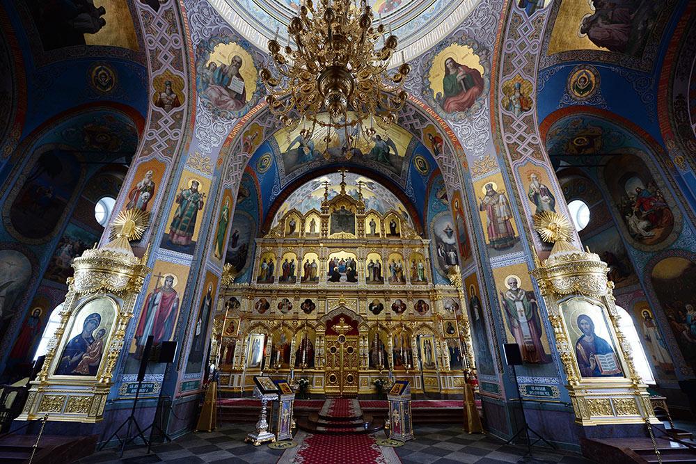 Это верхний храм Спасо-Преображенского собора. В июле 2020 года туда не пускали. Фото:Патриархия-ру