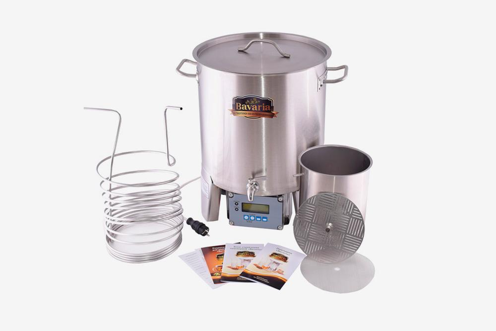 Автоматическая пивоварня «Бавария» на 70 литров. В набор включено все оборудование, которое может понадобиться пивовару дляварки, охлаждения и перелива сусла. Стоит 62 тысячи рублей