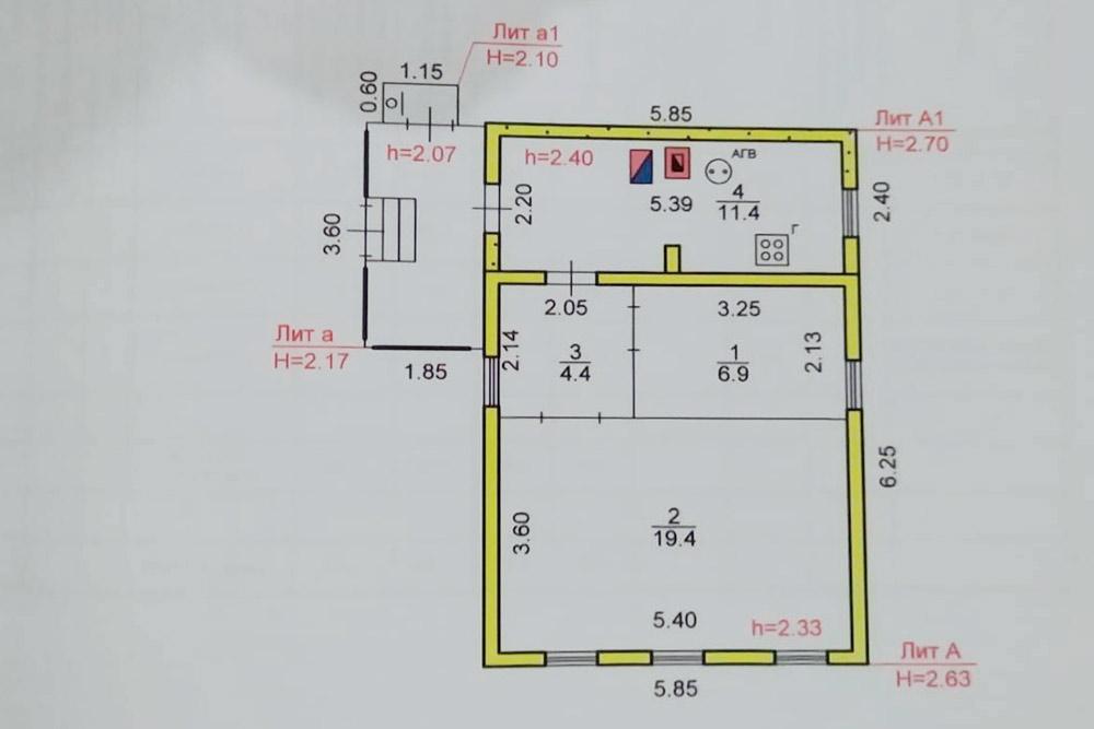План дома дореконструкции — прихожая, кухня идуш были безотопления иразмещались наплощади 11,4м²