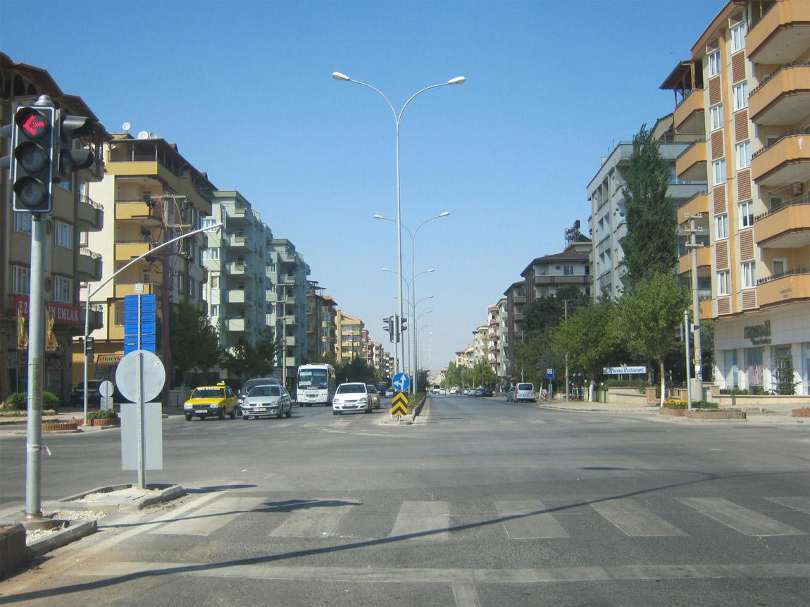 Такие районы с многоэтажками считаются престижными, жилье здесь дороже