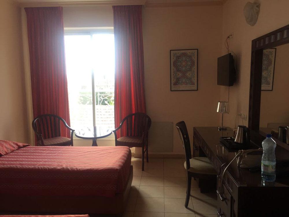 Наш номер в Иерусалиме в Gloria Hotel: небольшой, но уютный