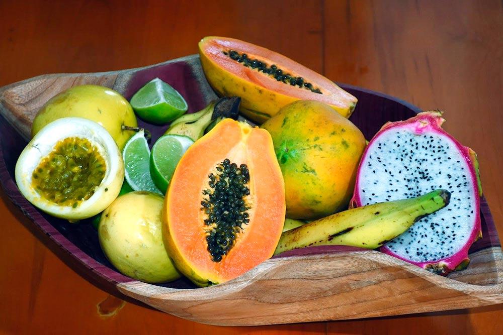 Сезон фруктов и овощей в Куру длится весь год