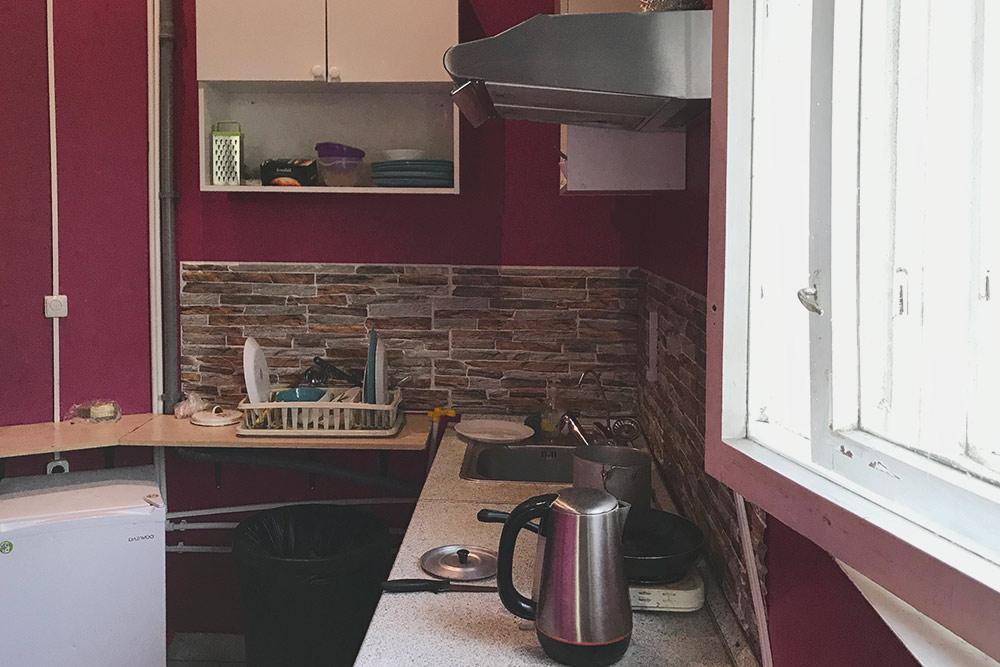 Кухня на лестничном пролете