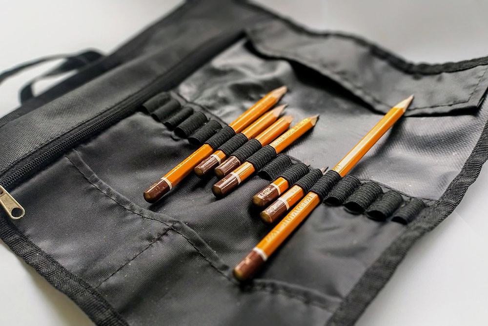 А пенал защищает карандаши от повреждений