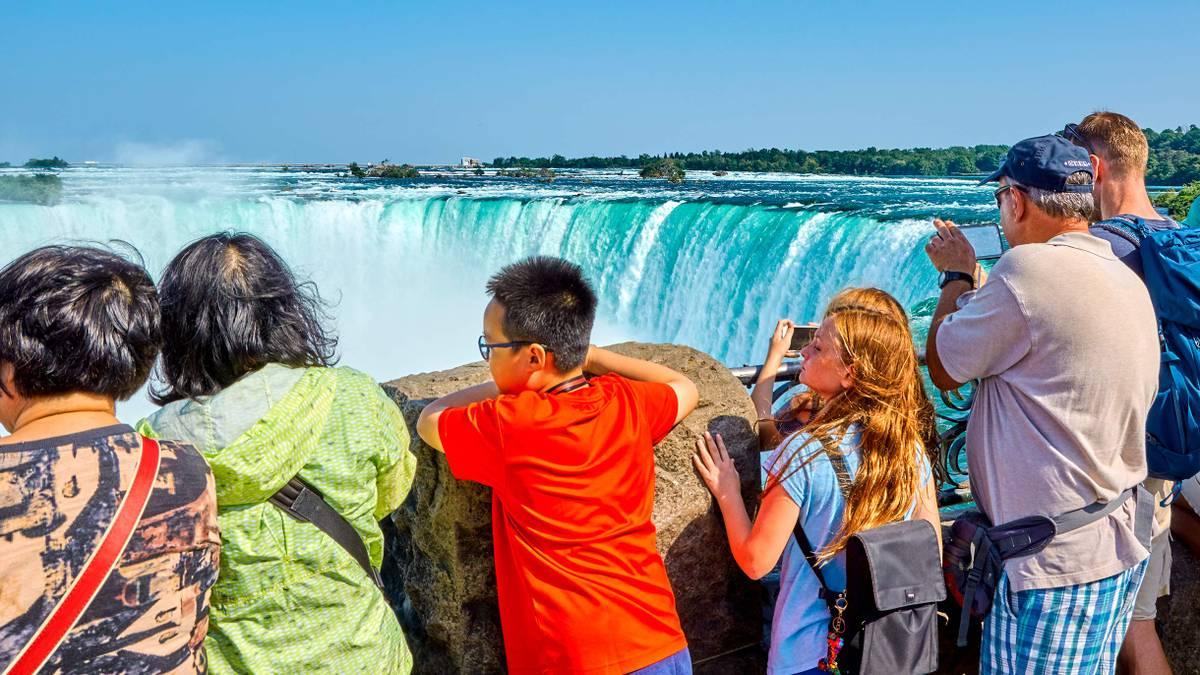 Как увидеть Ниагарский водопад и сэкономить