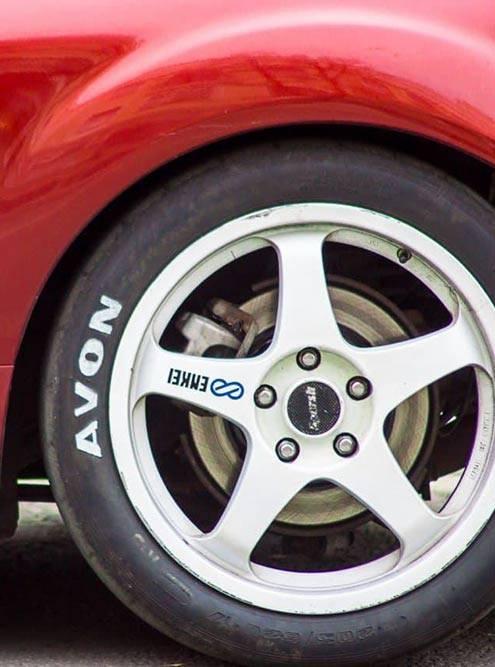Спортивная шина AVONACB11, индекс износостойкости производитель не указал