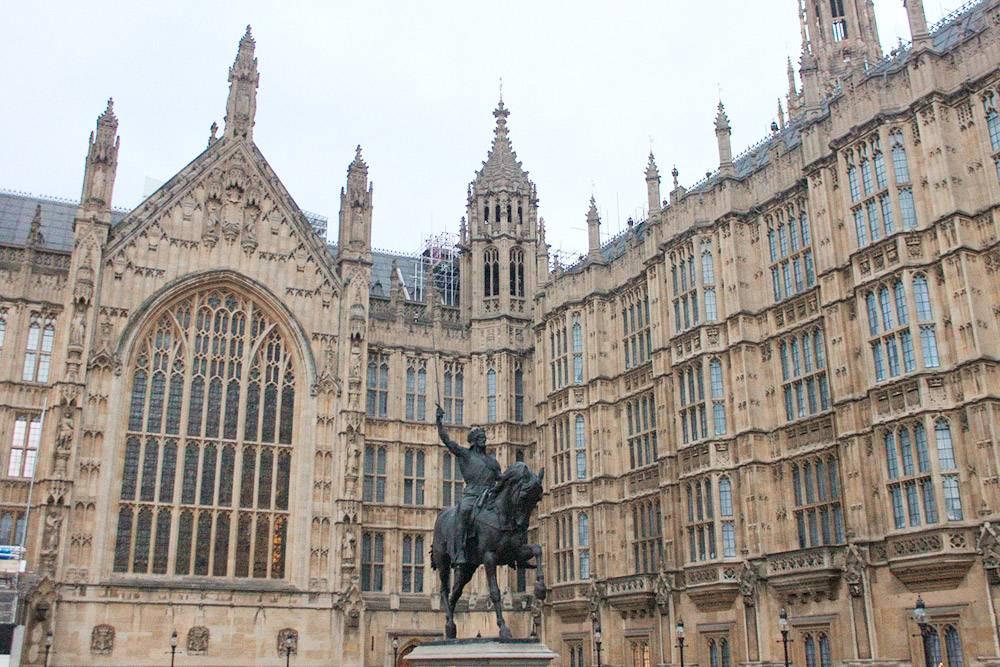 После пожара 1834 года Вестминстерский дворец отстроили заново